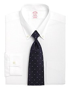 Non-Iron Madison Fit Point Collar Dress Shirt by Brooks Brothers in Pitch Perfect 2
