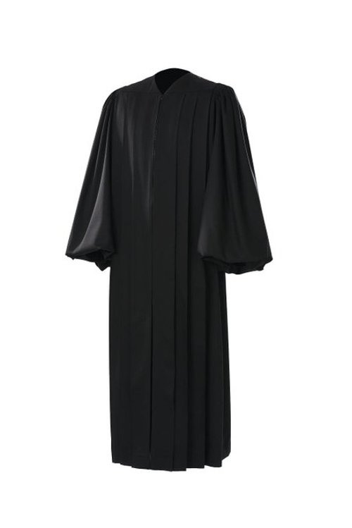 Magisterial US Judge Robe by Manufaktur Bavaria in Get Hard