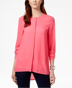 Solid High-Low-Hem Blouse by CeCe By Cynthia Steffe in The Flash