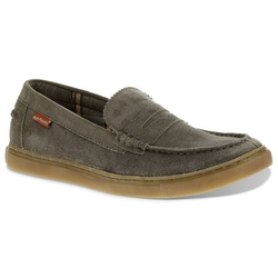 Casual Suede Loafers by Hush Puppies in Sisters