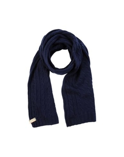 Oblong Scarf by Gattinoni in Jessica Jones