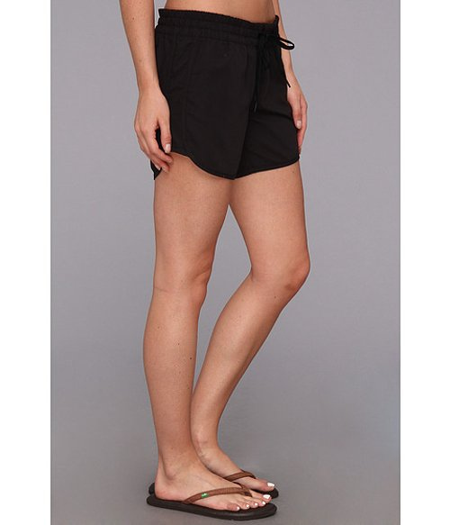 Supersuede Beachrider Runner Short by Hurley in Pitch Perfect 2