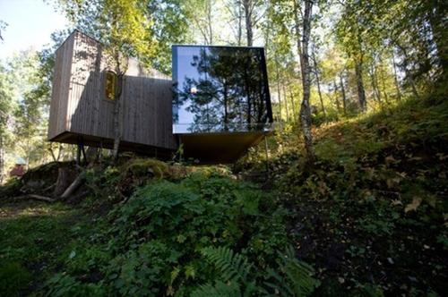 Juvet Landscape Hotel Valldal, Norway in Ex Machina