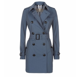 The Kensington Mid-Length Heritage Trench Coat by Burberry in How To Get Away With Murder
