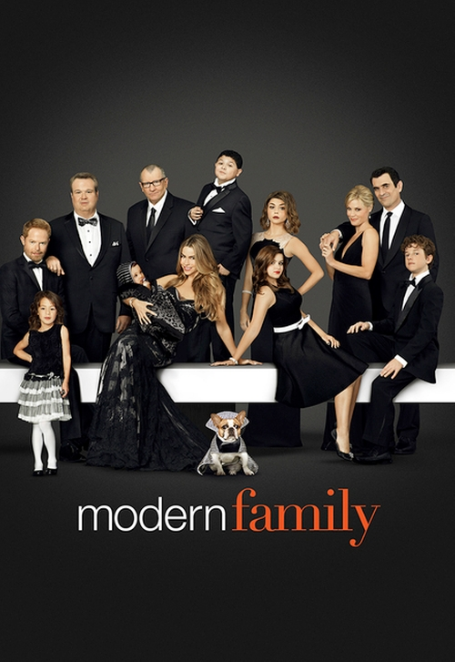 Fashion and Locations in Modern Family